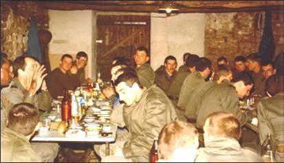 En-manoeuvre-a-CAYLUS-avril-1984